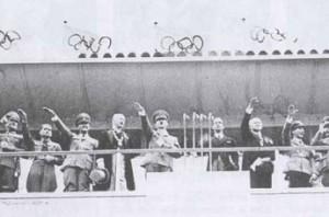 Hitler lors de la cérémonie d'ouverture